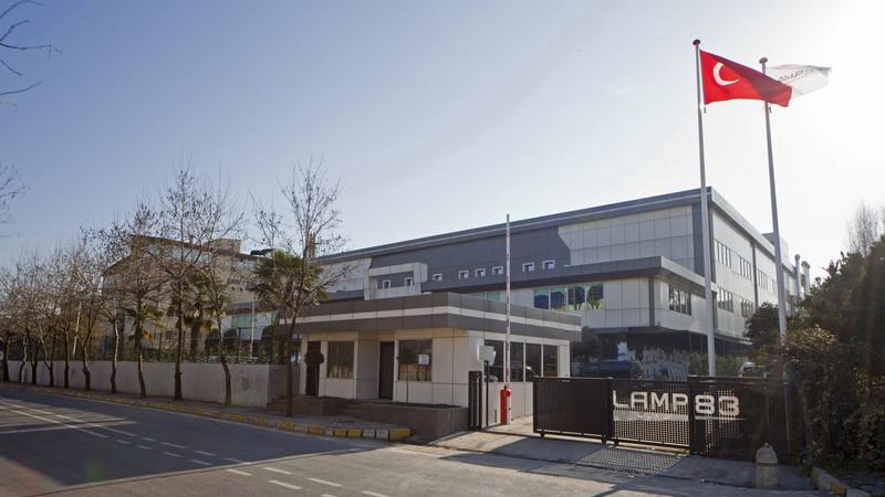 Lamp_83_yeni_fabrika_800px_01